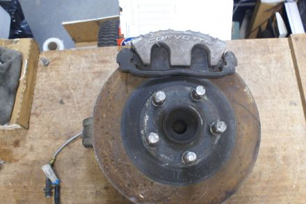 Front Left Wheel Hub Assembly,GM 10237239,Used